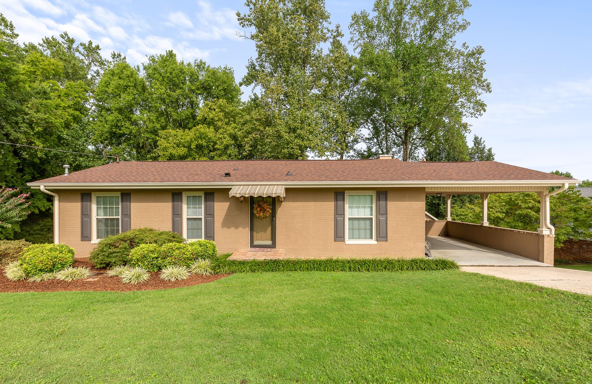 657 Evergreen Dr, Dayton, TN 37321