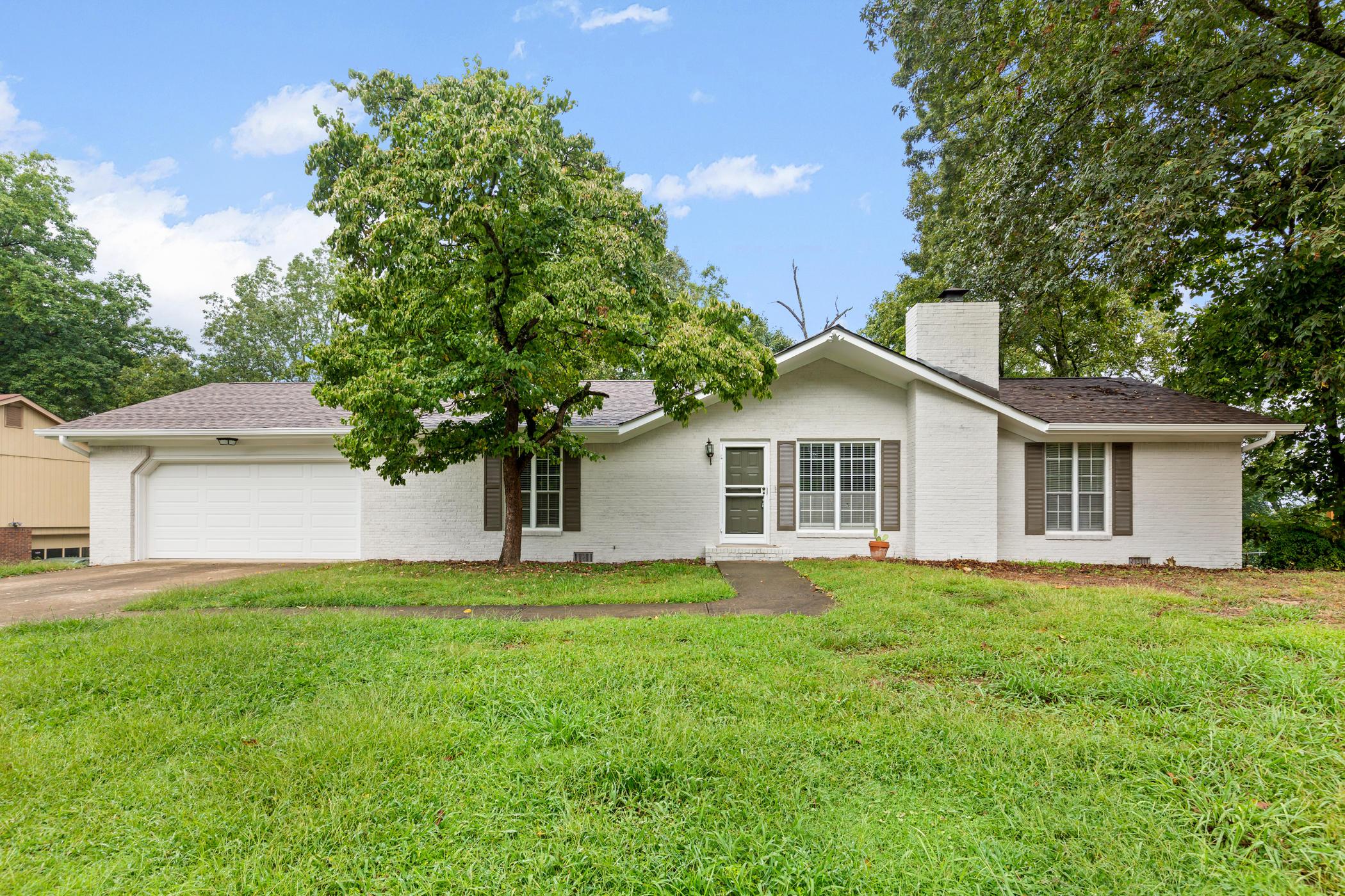 703 Swansons Ridge Rd, Chattanooga, TN 37421