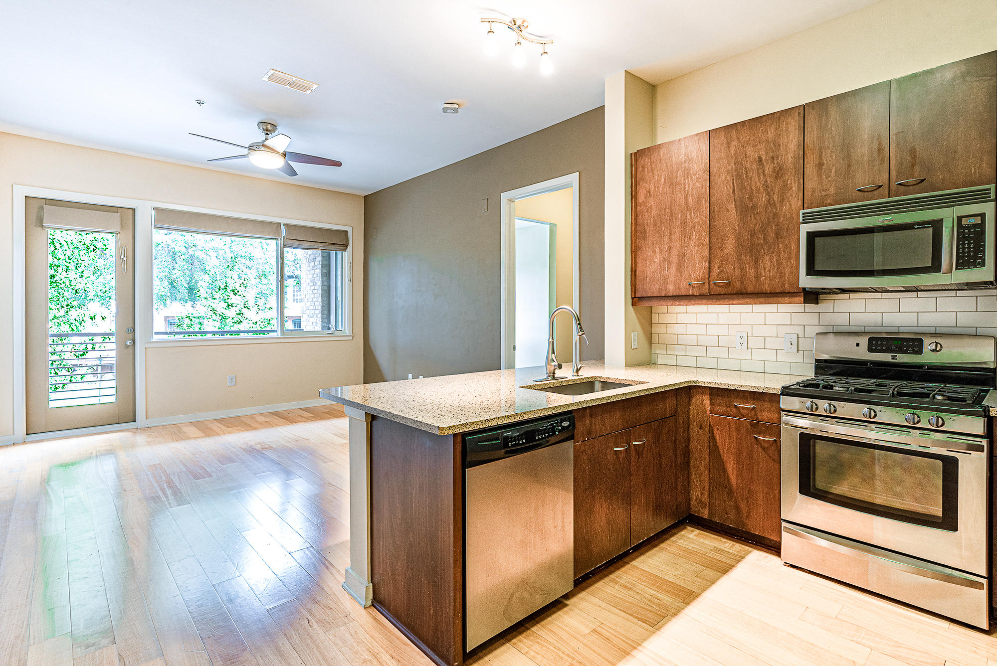 200 Manufacturers Rd Apt 238, Chattanooga, TN 37405