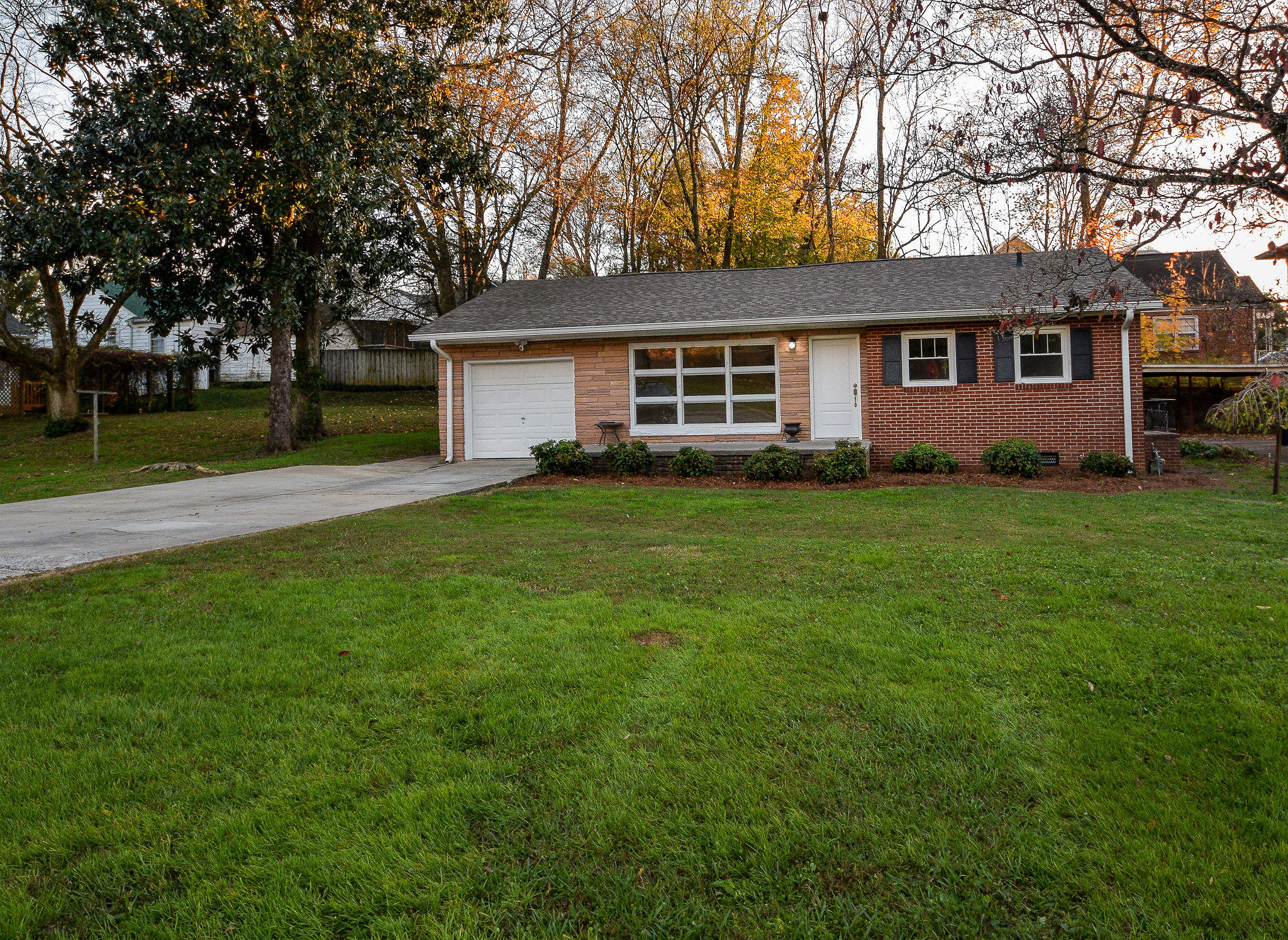 615 Nw Willow Street St, Cleveland, TN 37311