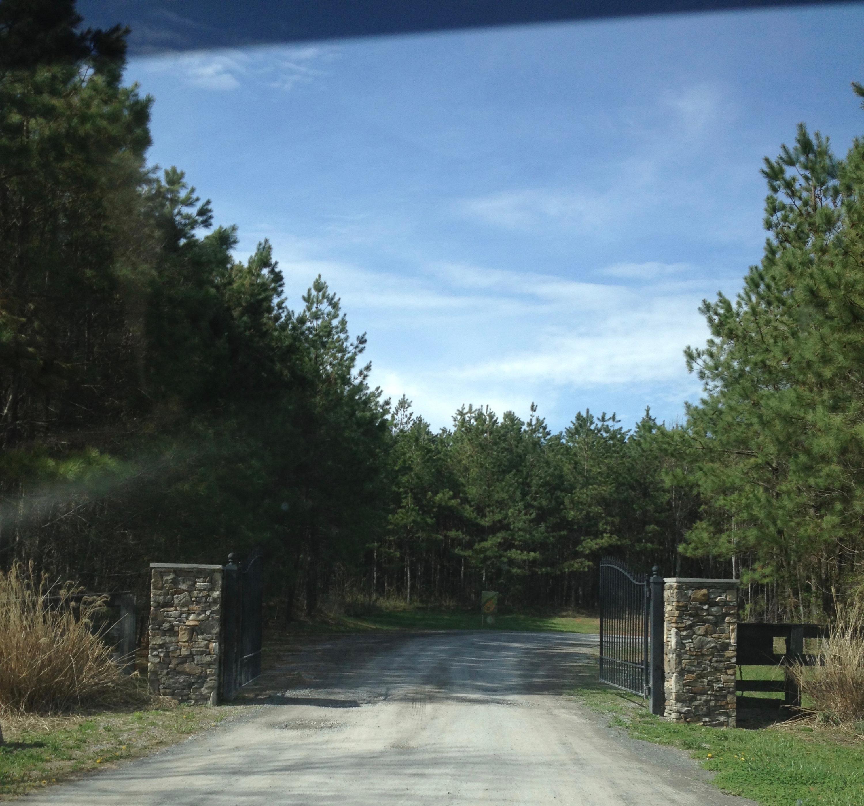 2737 Walden Farms Rd #8, Signal Mountain, TN 37377