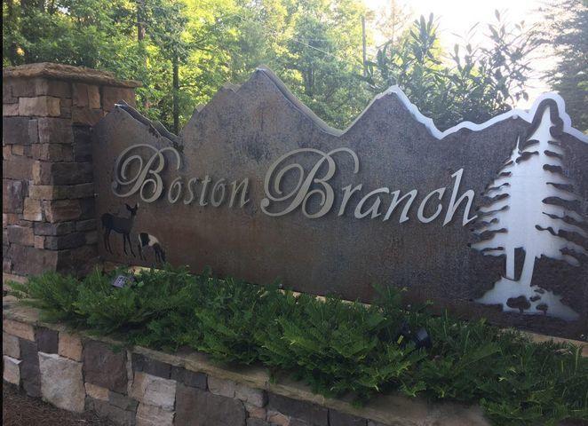 2251 Little Bend Rd, Signal Mountain, TN 37377