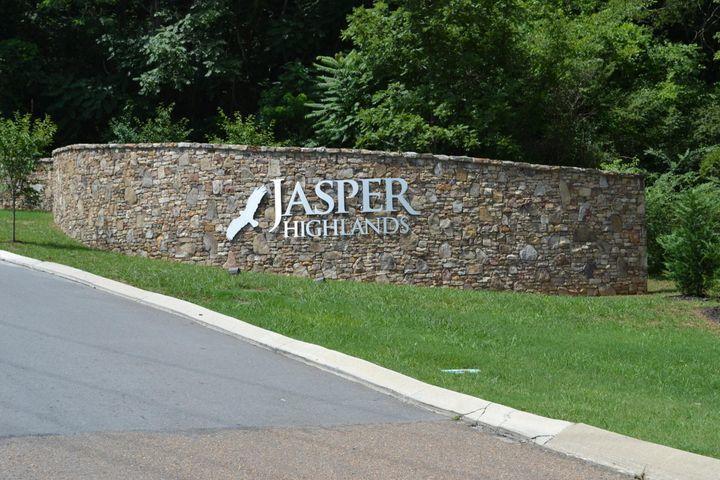 0 Compass Dr 104, Jasper, TN 37347