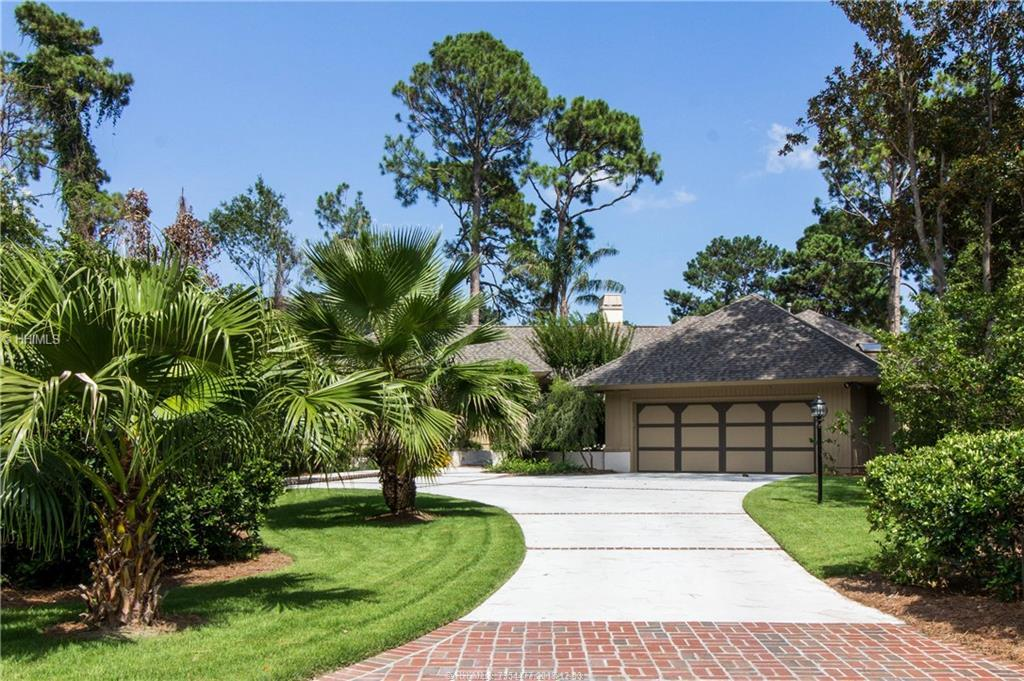 33 Long Brow Rd, Hilton Head Island, SC 29928