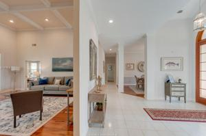 21 Primrose Ln, Hilton Head Island, SC 29926