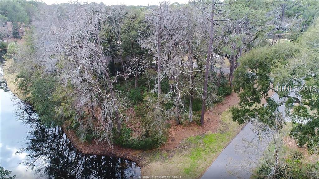 2 Retreat Lane, Hilton Head Island, SC 29928