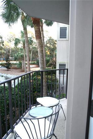 10 S Forest Beach Drive, Hilton Head Island, SC 29928