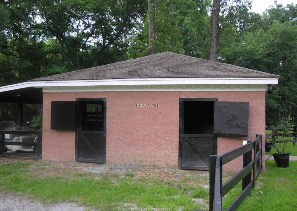 10 Hackamore Drive, Bluffton, SC 29910