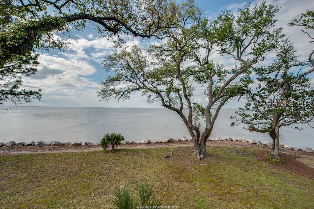 2 Dolphin Point Lane, Hilton Head Island, SC 29926