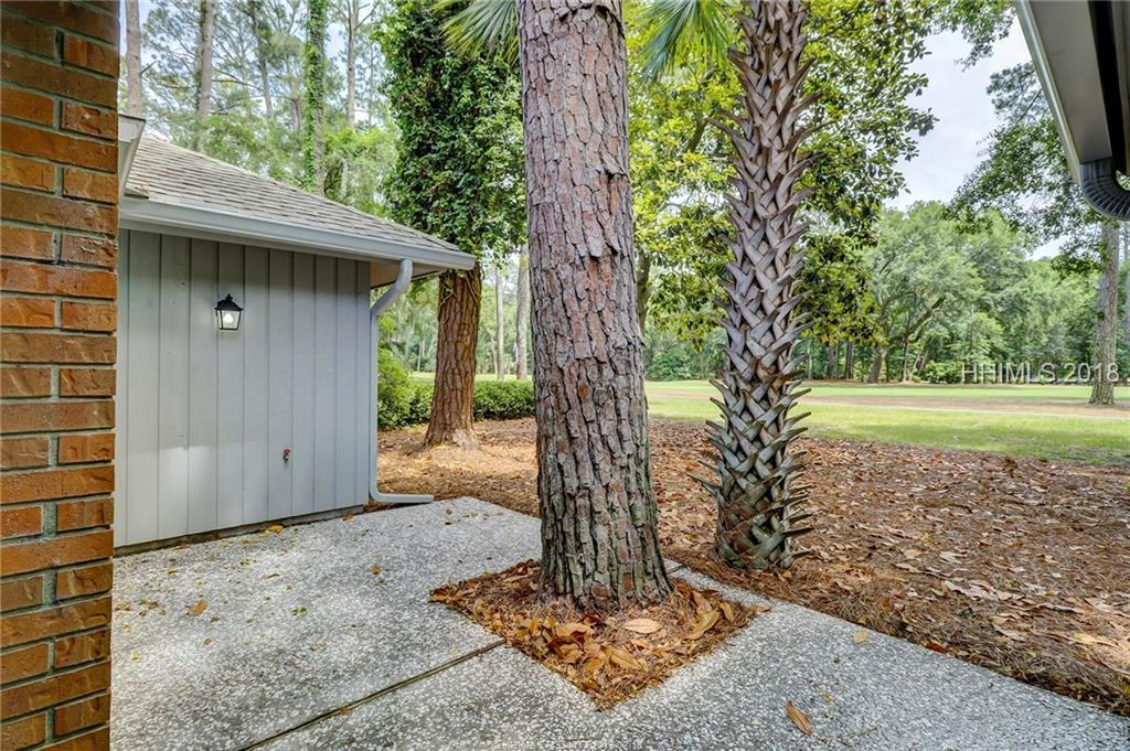 8 Wood Duck Court, Hilton Head Island, SC 29928