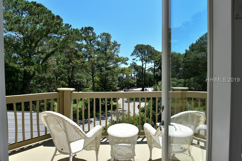 21 Sand Dollar Road, Hilton Head Island, SC 29928