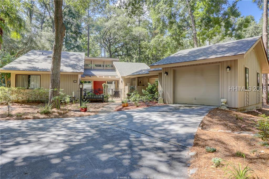 28 Pineland Road, Hilton Head Island, SC 29926