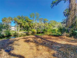 146 N Sea Pines Drive, Hilton Head Island, SC 29928
