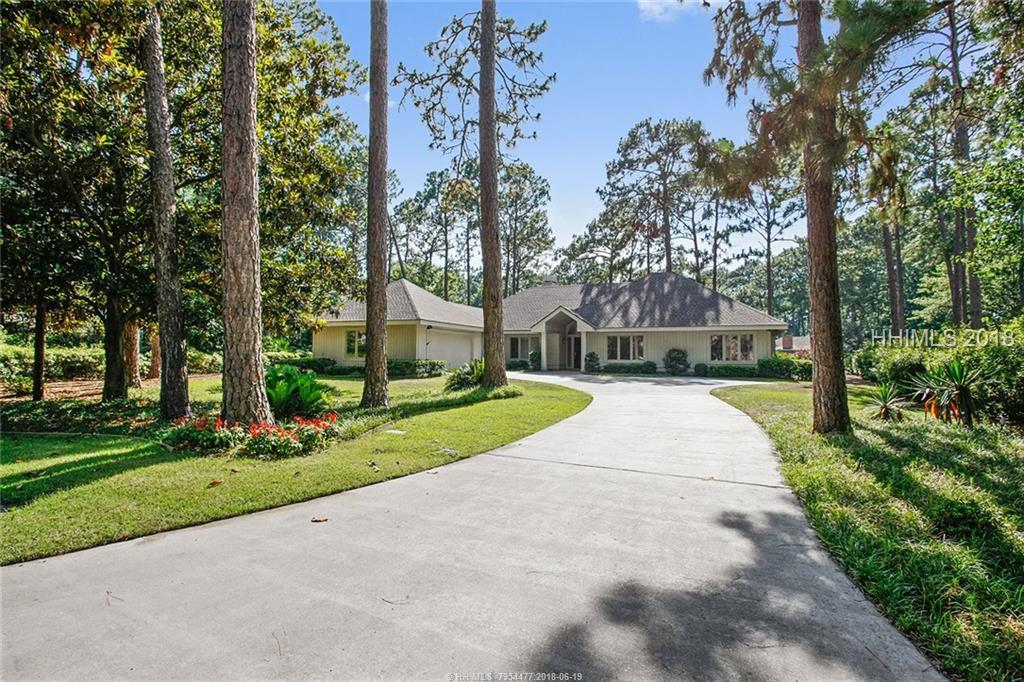 6 Whispering Pines Court, Hilton Head Island, SC 29926