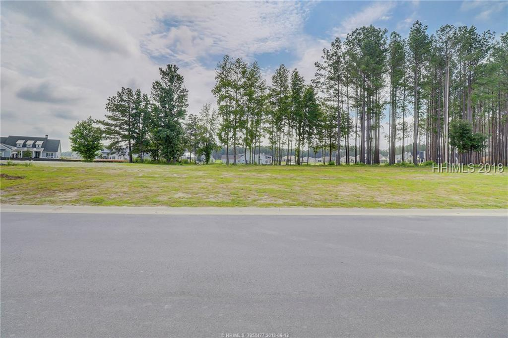 172 Flatwater Drive, Bluffton, SC 29910