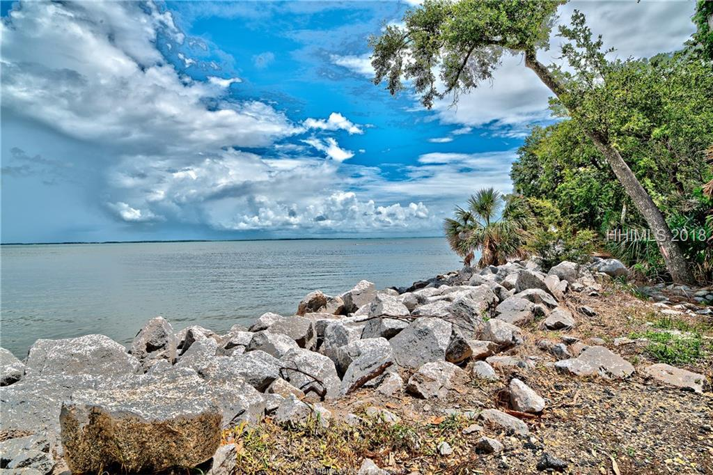 7 Field Sparrow Road, Hilton Head Island, SC 29926