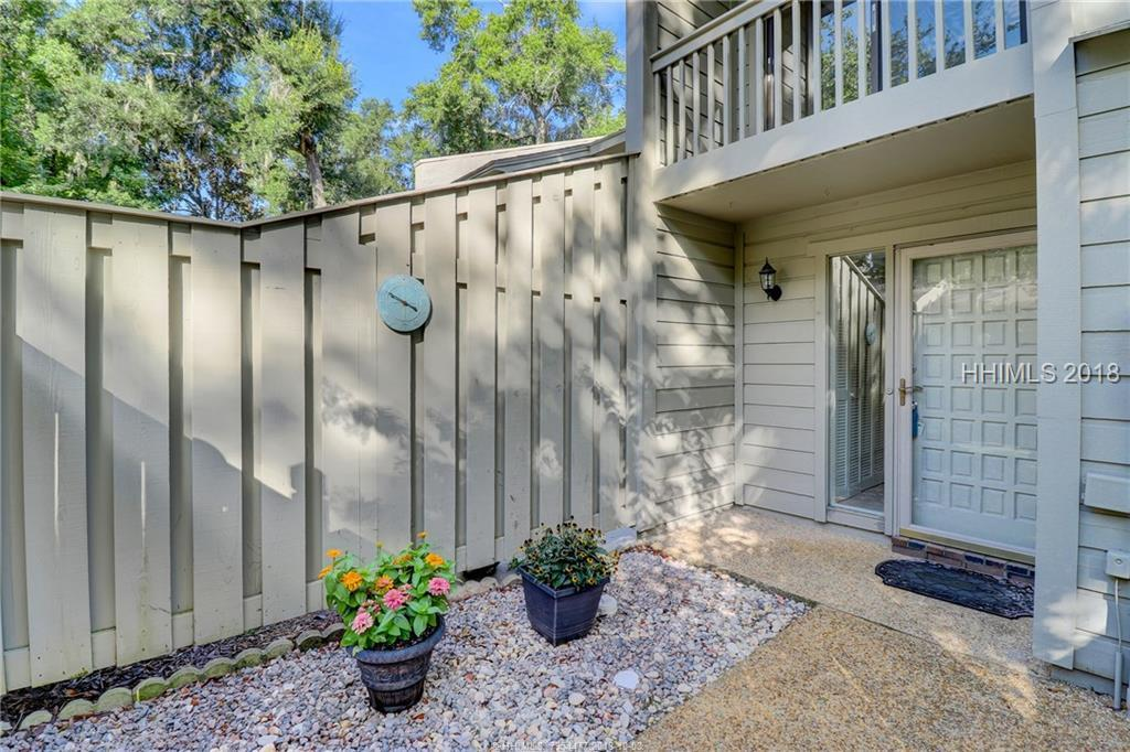13 Sailmaster Common, Hilton Head Island, SC 29928