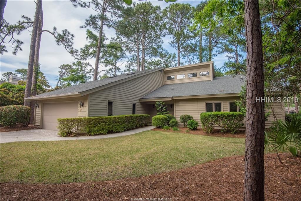 16 Sawtooth Court, Hilton Head Island, SC 29926