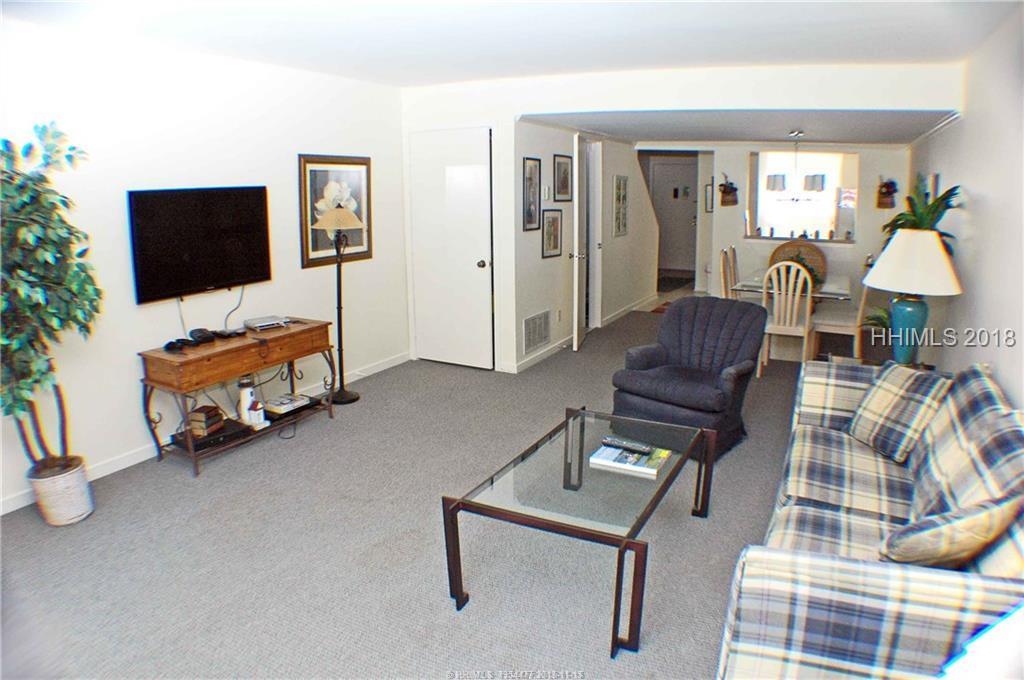 15 Deallyon Avenue, Hilton Head Island, SC 29928
