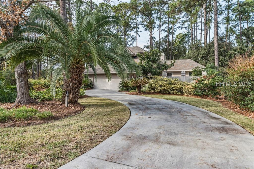 20 Strawberry Hill Road, Hilton Head Island, SC 29928