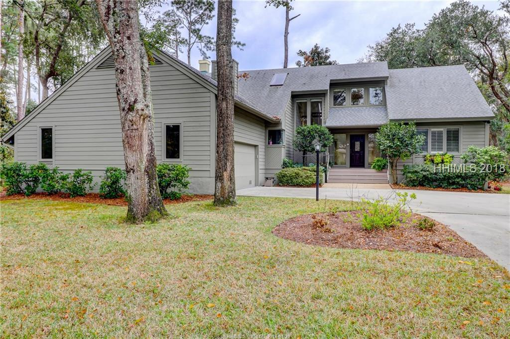4 Barnacle Road, Hilton Head Island, SC 29928