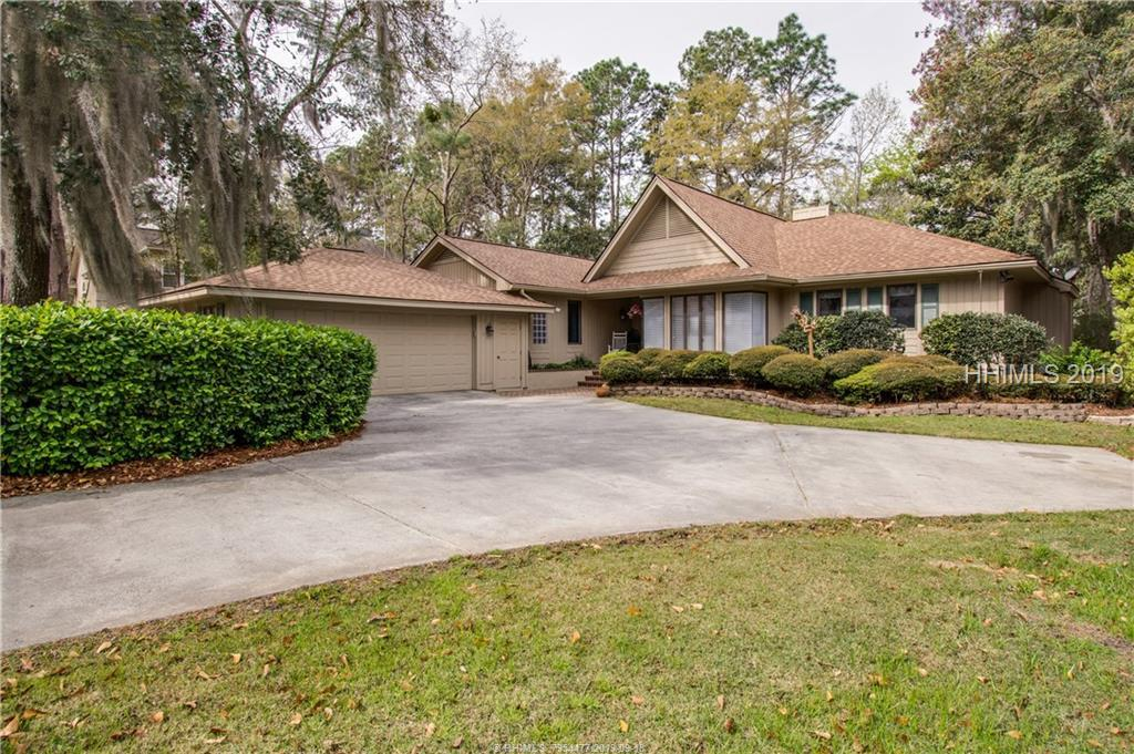 9 Button Bush Lane, Hilton Head Island, SC 29926