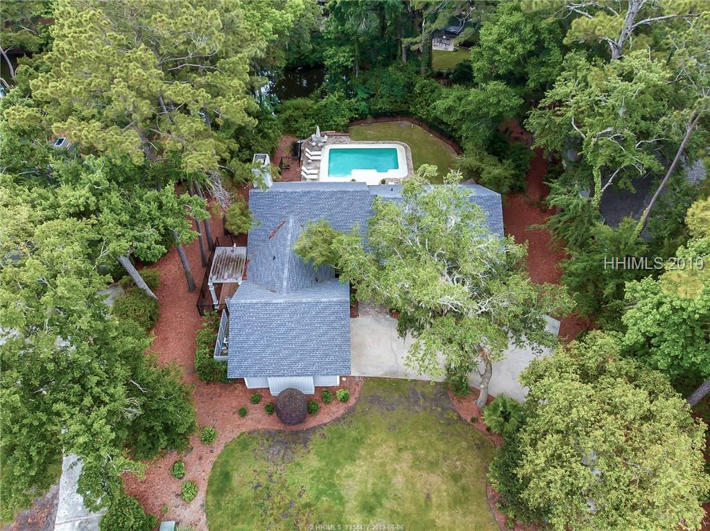17 Governors Road, Hilton Head Island, SC 29928