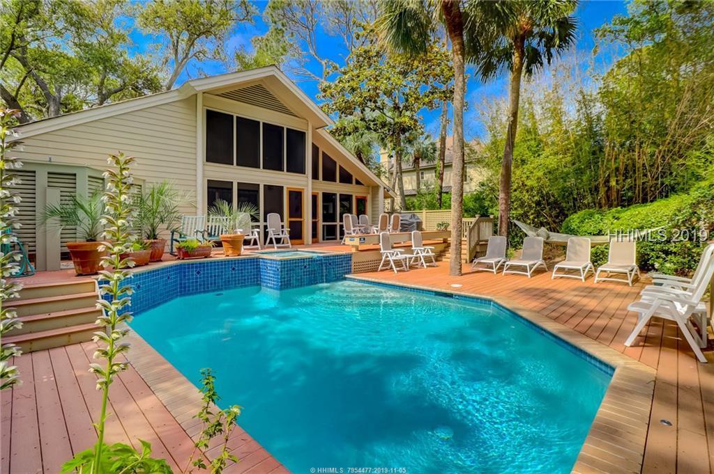 10 E Beach Lagoon Drive, Hilton Head Island, SC 29928