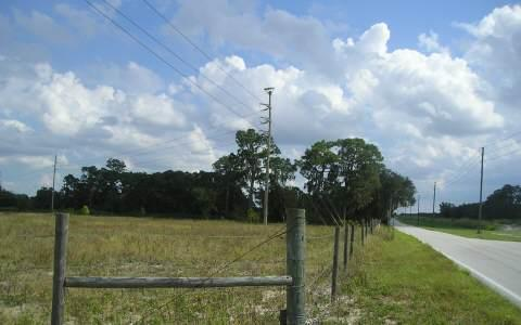 3050 Manatee Dr, Sebring, FL 33870