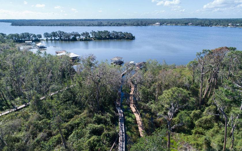 1018 Lake June Rd, Lake Placid, FL 33852