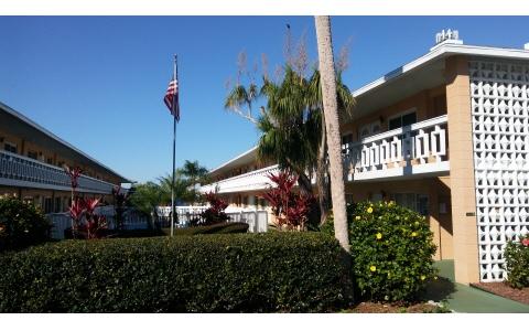 2113 Lakeview Dr Unit 1-c, Sebring, FL 33870