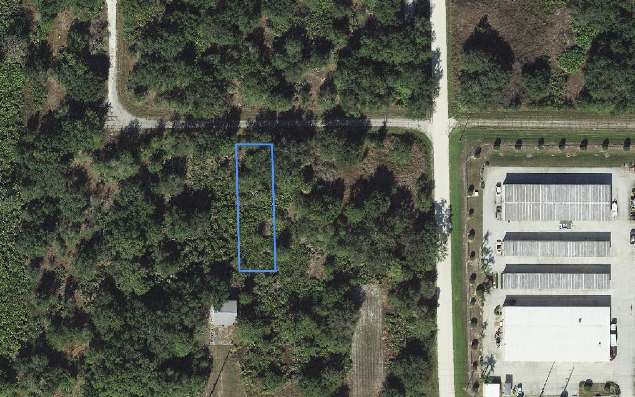 240 Putney Ave Nw, Lake Placid, FL 33852