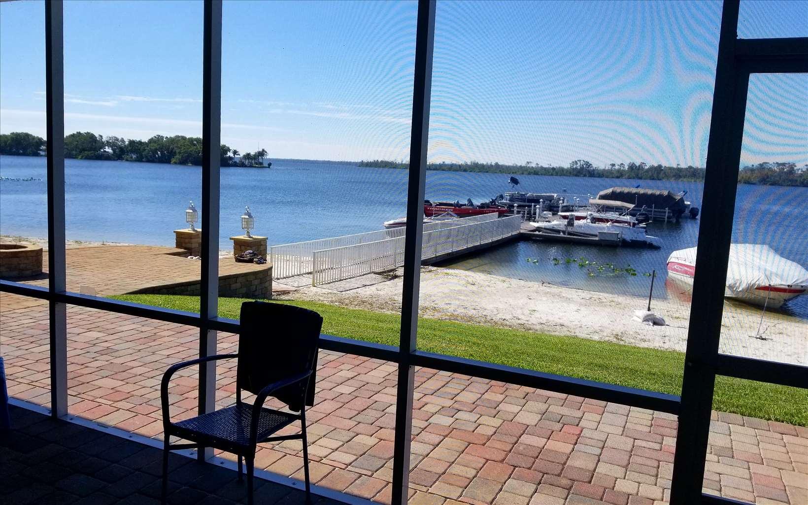 1114 Lake June Rd, Lake Placid, FL 33852