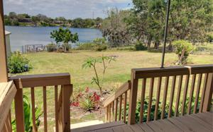 623 Lake Blue Dr, Lake Placid, FL 33852