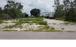 1181 Columbus St, Lake Placid, FL 33852