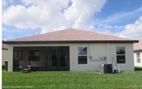 10456 High Grove Avenue, Lake Placid, FL 33852