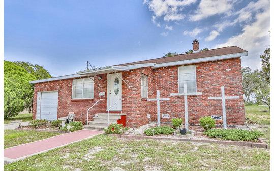 1182 Lakeview Dr, Sebring, FL 33870