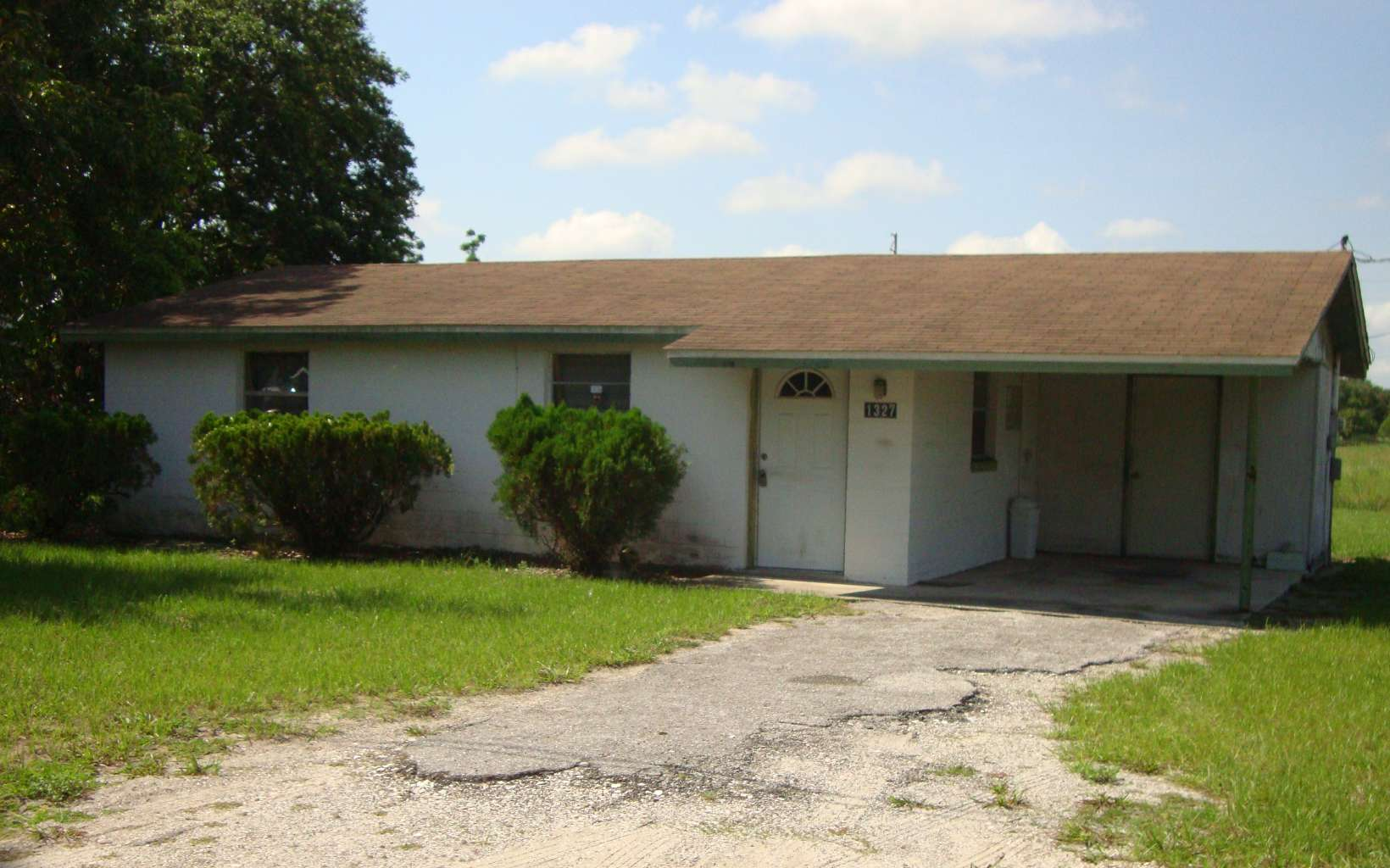 1327 Citrus Ave, Sebring, FL 33870