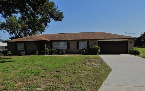 172 Hillcrest Dr, Avon Park, FL 33825