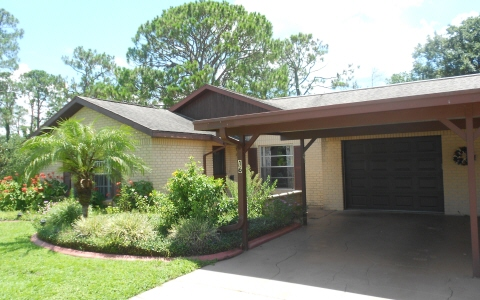 16 Jasmine St, Lake Placid, FL 33852