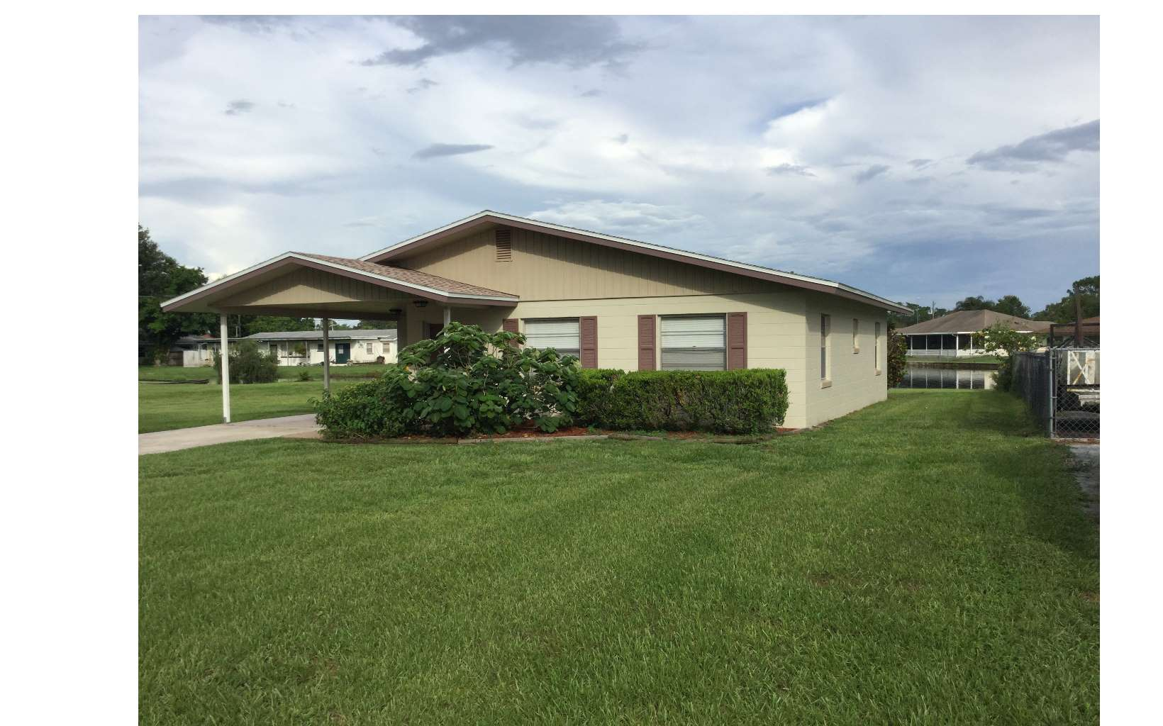 805 Killarney Dr, Sebring, FL 33870