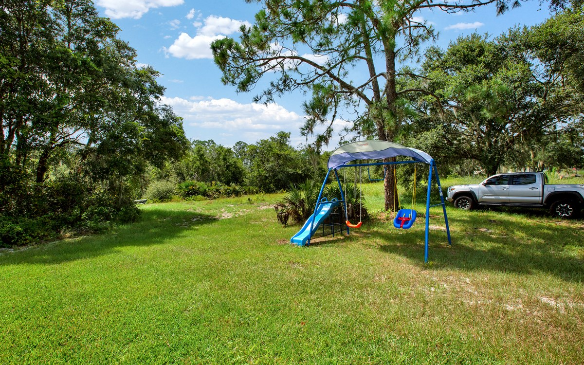 28 Deer Road, Frostproof, FL 33843