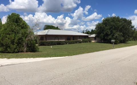 1702 W Batavia Rd, Avon Park, FL 33825