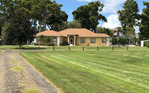 5615 Cr 621, Lake Placid, FL 33857
