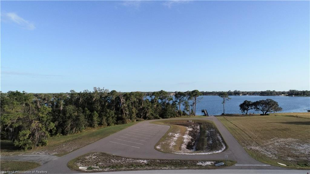 4040 Camp Shore Dr, Sebring, FL 33875