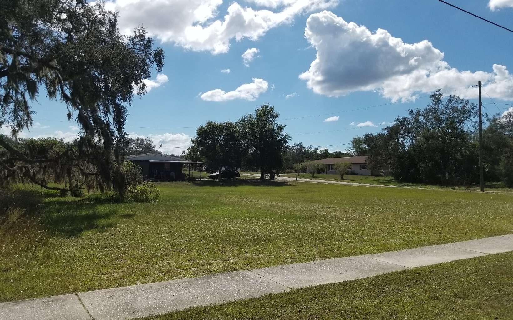 4501 Kenilworth Blvd, Sebring, FL 33870