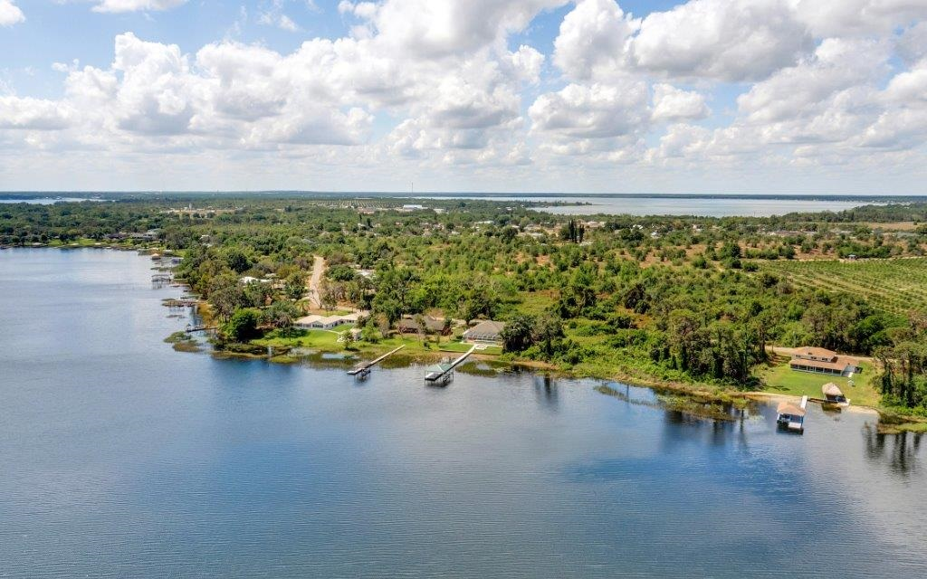 233 S Huntley Dr, Lake Placid, FL 33852