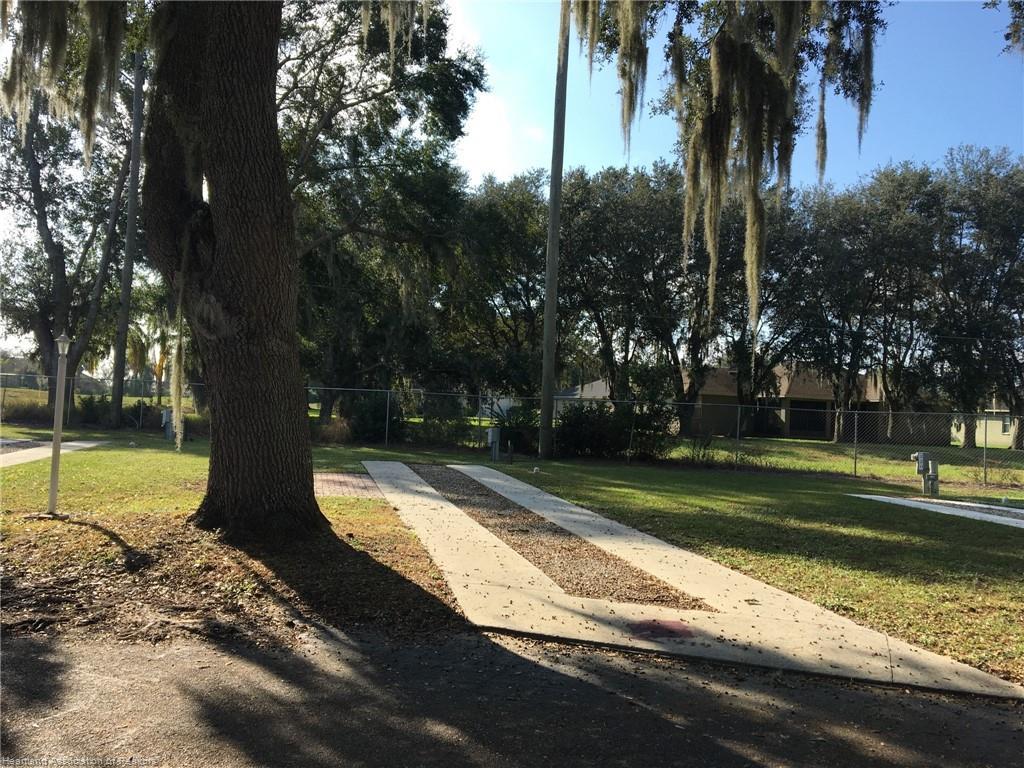 2931 Par Drive, Bowling Green, FL 33834