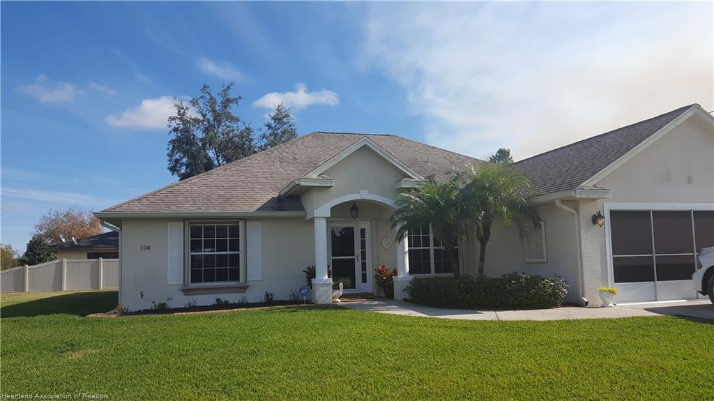 108 Star Fruit Avenue, Lake Placid, FL 33852