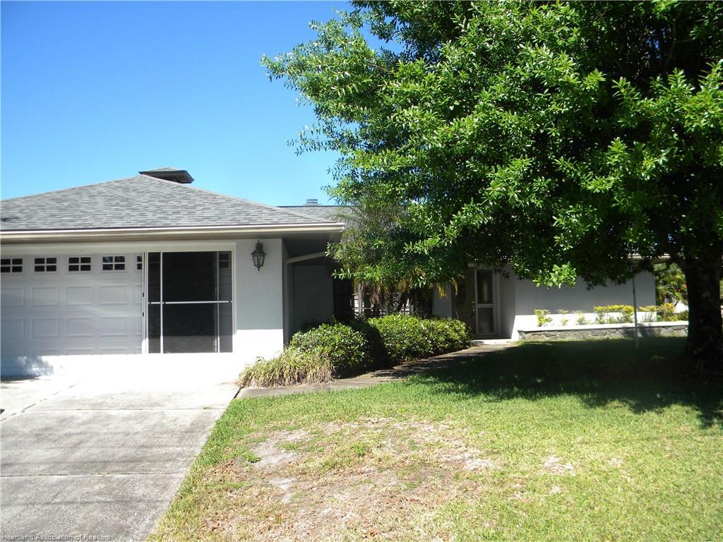 4089 Santa Barbara Drive, Sebring, FL 33875